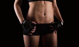 性感的妇女锻炼 免版税库存照片