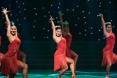性感的舞蹈拉丁舞蹈 免版税库存图片