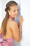 性感经典礼服的女孩 免版税图库摄影