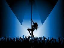 性感舞蹈演员的杆 免版税库存照片