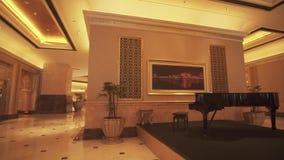 总统旅馆酋长管辖区宫殿内部阿布扎比股票英尺长度录影的 股票视频