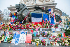 巴黎恐怖袭击记忆 免版税库存图片