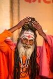 恒河ghats的Sadhu或酵母酒蛋糕圣洁者  免版税库存图片