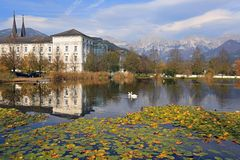 恩斯河的Admont修道院 Admont,奥地利镇  免版税图库摄影