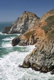 恶魔的幻灯片纯粹峭壁,沿海海角,圣马特奥县,加利福尼亚 免版税库存图片