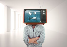 恼怒的人用他的被折叠的手 3d动画片题头例证回报了电视 库存照片