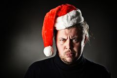 恼怒的圣诞老人。 库存照片