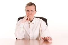 恼怒的女实业家年轻人 库存图片