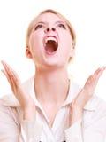 恼怒的尖叫女实业家愤怒的妇女 免版税库存照片