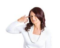 恼怒的成熟妇女,打手势是您疯狂 免版税库存照片