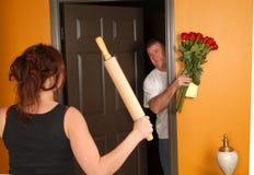 恼怒的来的家庭丈夫后妻子的 库存照片