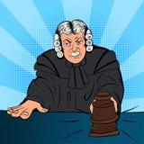 恼怒的法官漫画字符 免版税库存照片