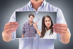 恼怒的浅黑肤色的男人的综合图象不听她的男朋友 免版税库存照片