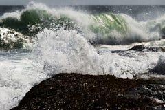 恼怒的海洋 免版税库存照片