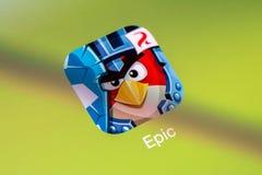恼怒的鸟史诗在苹果计算机iPad空气 免版税库存照片