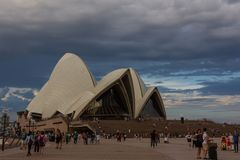 悉尼歌剧院在一个雨天 澳洲 库存图片