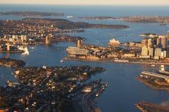悉尼港口,澳洲鸟瞰图  免版税库存图片