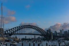 悉尼港桥日落的悉尼澳大利亚 库存照片