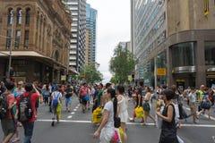 悉尼,澳大利亚- 2015年12月26日:人人群fa的 免版税库存图片