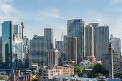 悉尼,澳大利亚- 2014年11月17日:有商业区的悉尼港口 都市风景 免版税库存图片