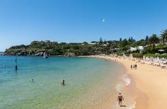 悉尼,澳大利亚- 2014年11月07日:海滩在悉尼,澳大利亚 阵营小海湾 免版税库存图片