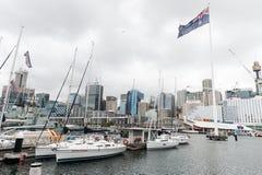 悉尼,澳大利亚- 2014年11月10日:达令港和游艇 澳洲悉尼 图库摄影