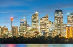 悉尼- 2015年10月23日:城市skyl美好的全景  库存图片