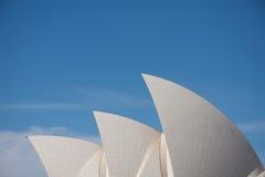 悉尼7月2009年: 屋顶形状从歌剧院的地标o 图库摄影