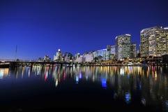 悉尼cbd亲爱的港口 库存照片