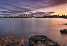 悉尼CBD Cremorne 2块石头 库存照片