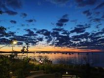 您必须在麦迪逊做的惊人的日落事,威斯康辛 库存照片