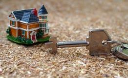 您的梦想房子的钥匙  免版税库存图片