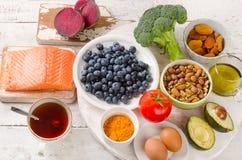 您的脑子的最佳的食物 概念吃健康 免版税库存图片