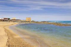 您系列节日快乐的夏天 Torre圣诞老人沙芬海滩布林迪西 - 意大利普利亚 免版税图库摄影
