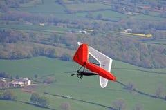 悬挂式滑翔机飞行 图库摄影