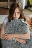 悲哀看的女孩 图库摄影