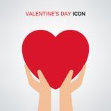 情人节例证 拿着心脏标志的手 图标 免版税图库摄影