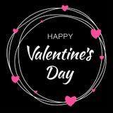 情人节卡片设计 乱写与印刷字法的空白线路圈子在与桃红色心脏的黑背景 免版税库存图片