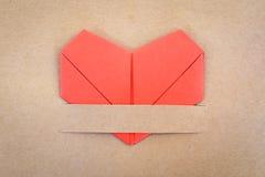 情人节明信片,纸红色心脏 库存照片