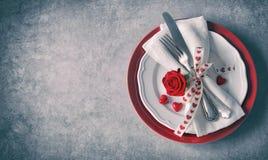 情人节桌餐位餐具 免版税库存照片