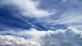 惊人的云彩天空 免版税库存照片