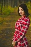 惊人的女孩在森林里 库存照片