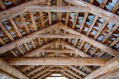 惊人的屋顶木建筑在德国 免版税库存图片