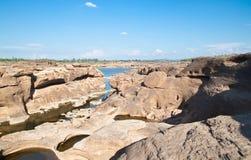 惊人的峡谷自然岩石 免版税库存图片