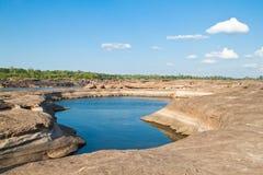 惊人的峡谷自然岩石 免版税图库摄影