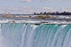 惊人的强有力的尼亚加拉瀑布美丽的明信片  库存图片