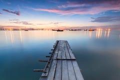 惊人的日出和日落在乔治市,槟榔岛马来西亚 免版税库存照片