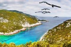 惊人的海岛沿海视图 免版税库存图片