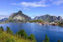 惊人的海湾风景在挪威 免版税库存照片