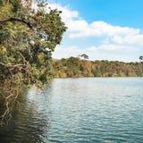 惊人的火山的湖 免版税图库摄影